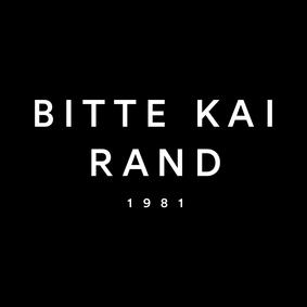 logo_med_sort_bund_300dpi